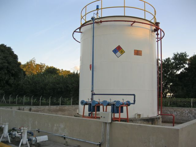 Ejemplos instalados for Limpieza de tanques de combustible