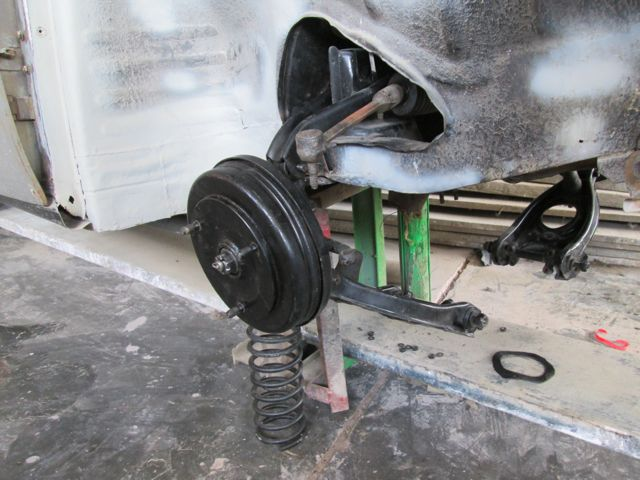 assembling_suspension.jpg