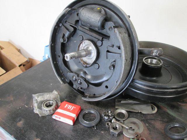 front_brakes_bearings.jpg