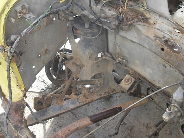 Morris Mini con Chasis cortado